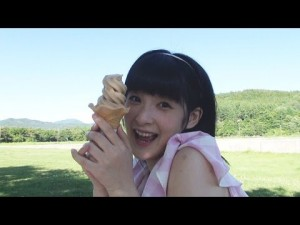 YouTube『2nd Greeting ~嗣永桃子~』より